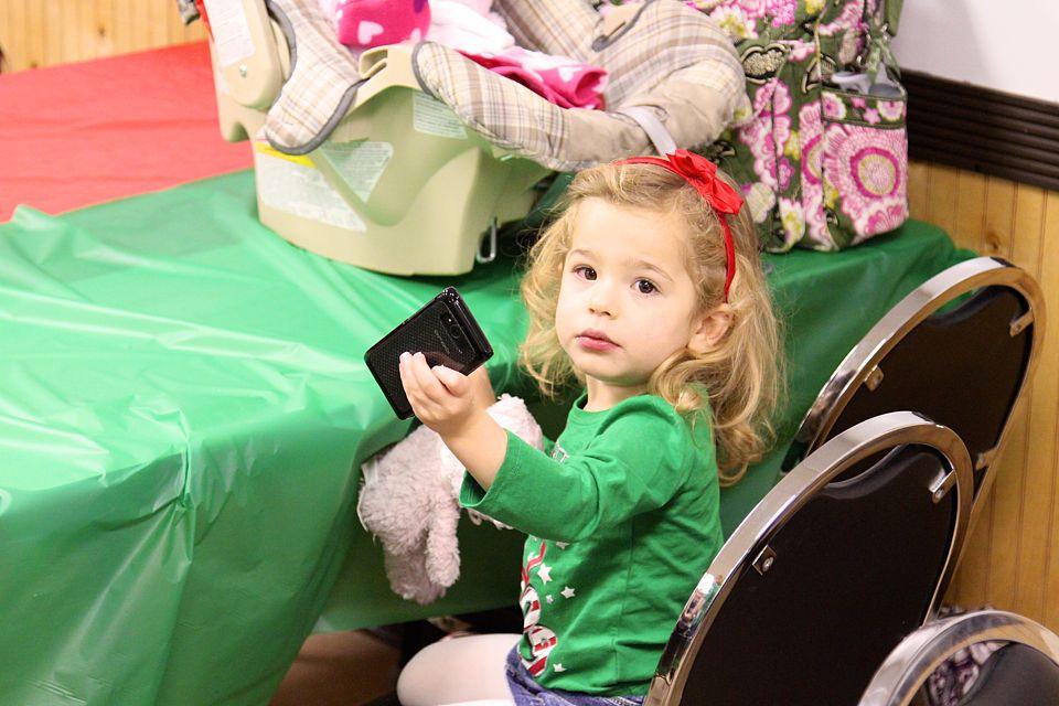 Flickr the little girl.. technology spoil girl I David Fulmer I CC BY 2.0 Bestimmte Rechte vorbehalten