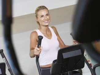 Sport nach der Schwangerschaft mit dem Crosstrainer
