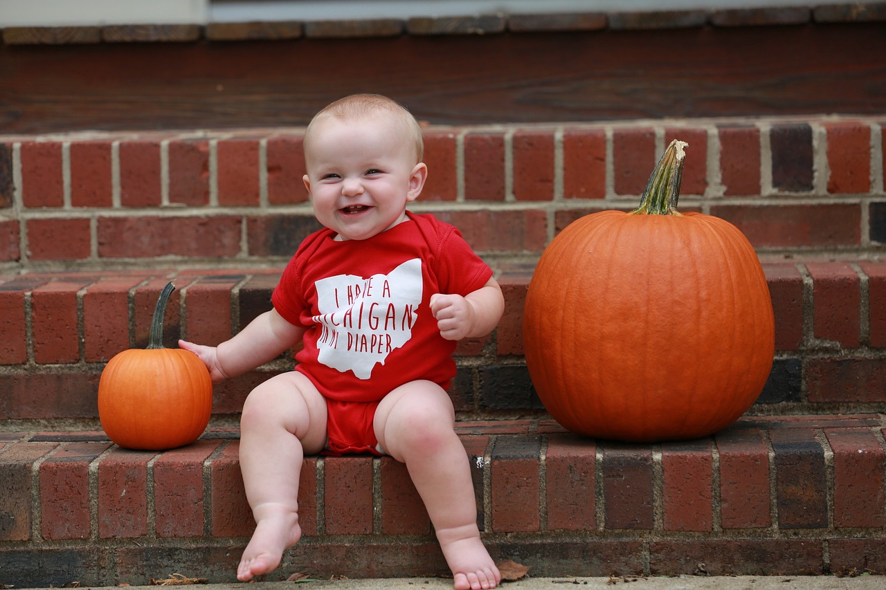 Baby Shirts und Babystrampler mit Namensdruck personalisieren